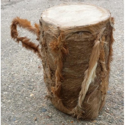 Small skin drum with handle