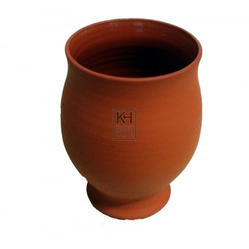Earthenware bulbous beaker