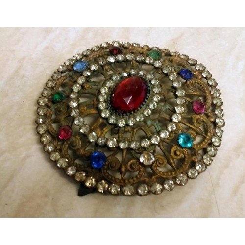 Large jewelled broach