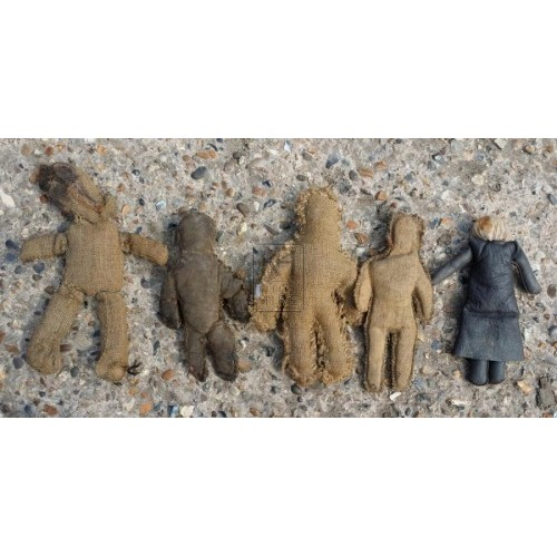 Assorted early dolls & figures