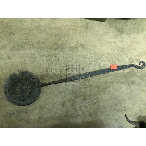 Long Handled Iron Strainer