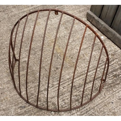 Iron wall hay manger curved