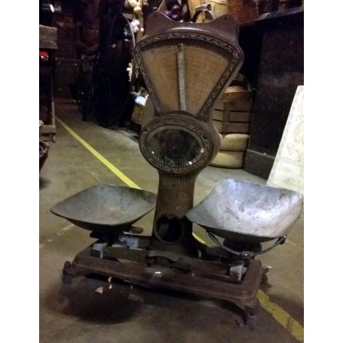 Iron weighing scales