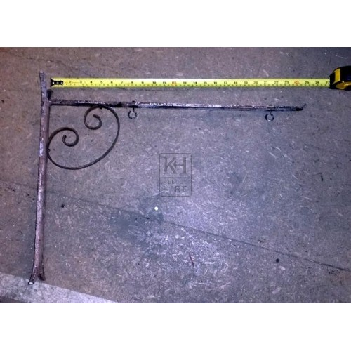 Single scroll iron sign bracket