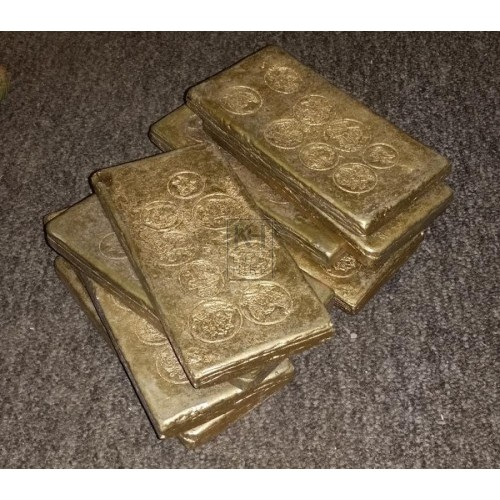 Thin gold bars