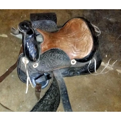 Black & brown western saddle