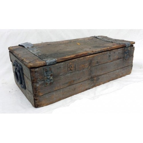 Medium grey wood chest - flat top