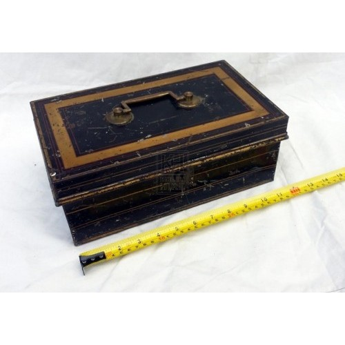 Iron box with handle