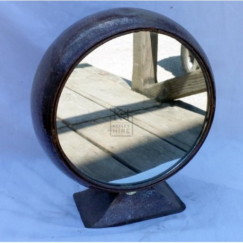 Copper round mirror