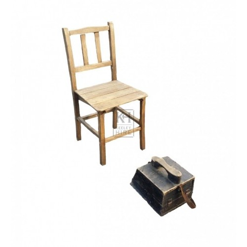 Shoe shine kit - simple chair & shoe box