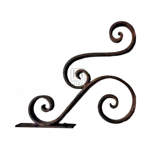 Iron double scroll bracket
