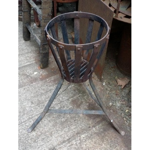 Iron brazier with splayed legs