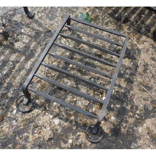 Small Iron fire grate