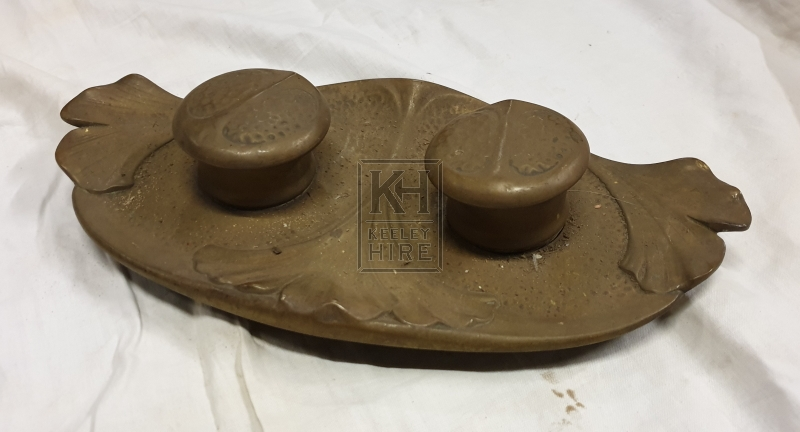 Simple brass double inkwell set
