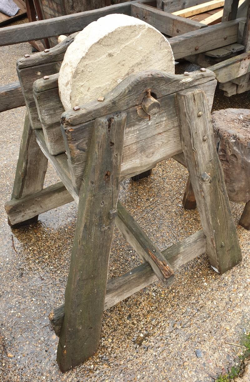 Freestanding wood grindstone