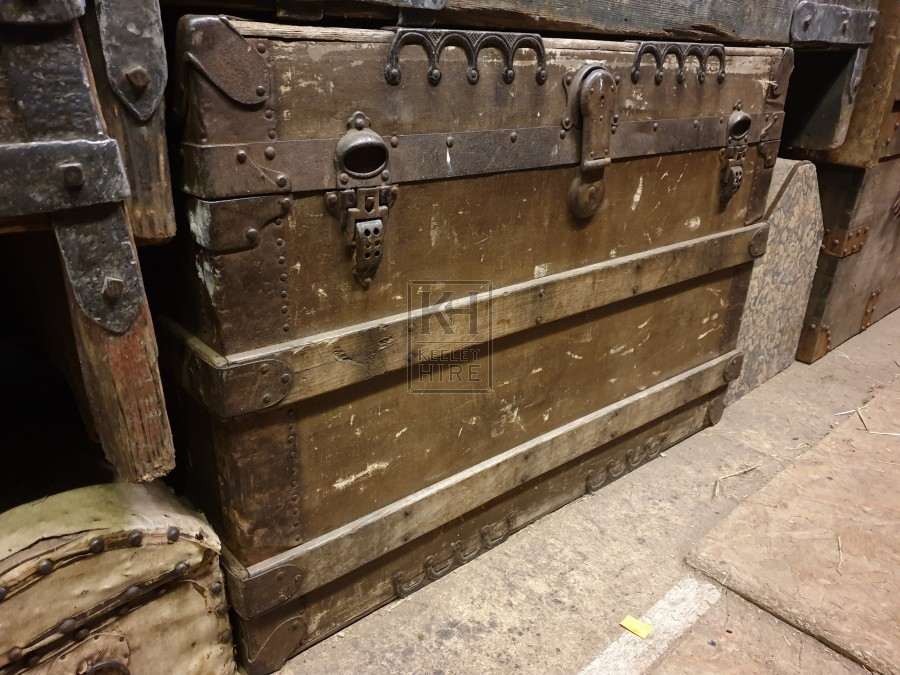Large flat top trunk with wood banding