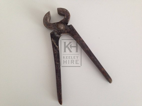 Old pliers