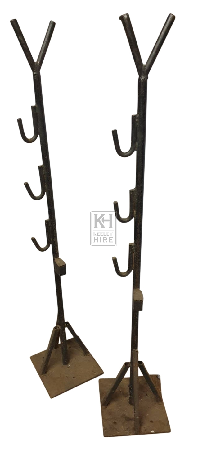 Pair iron upright stands