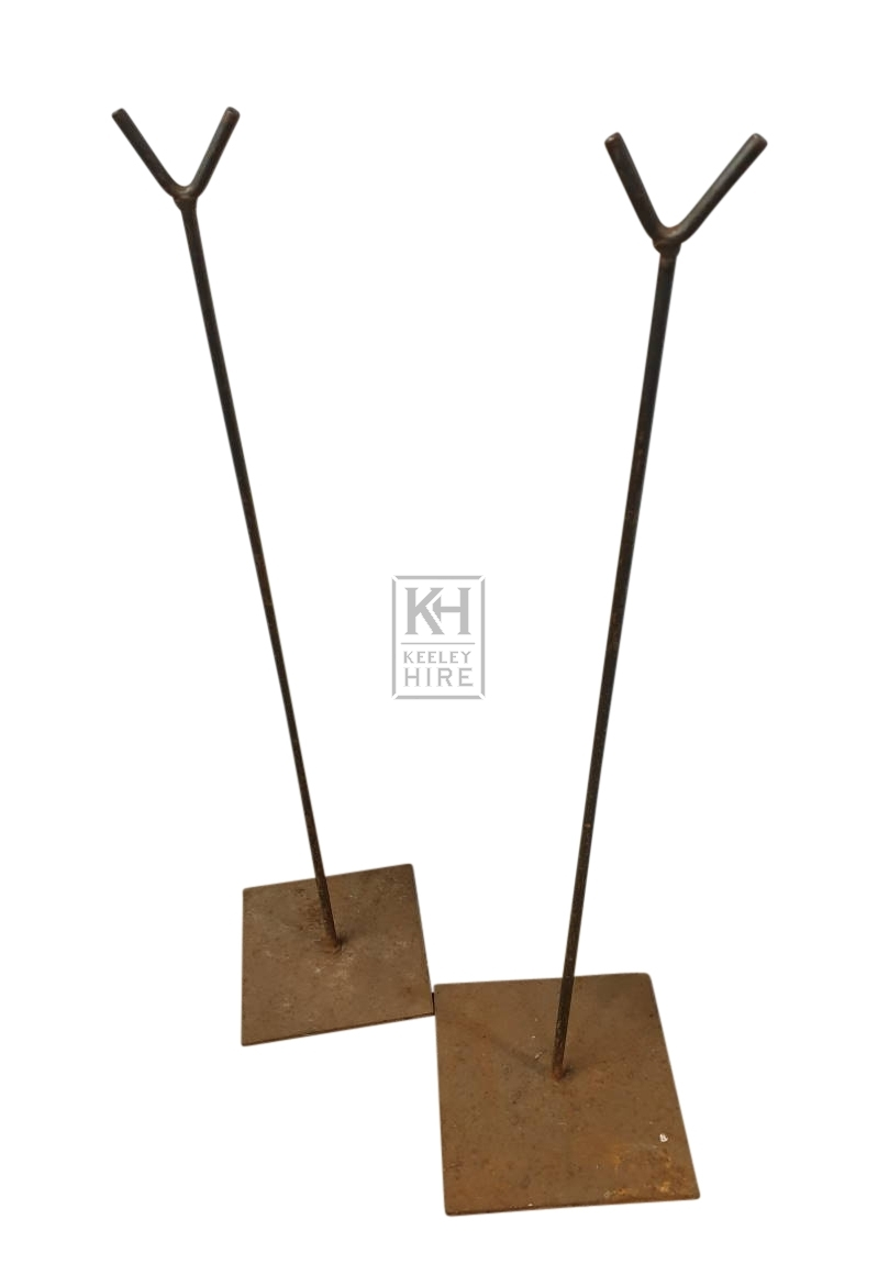 Pair iron rods for spit arm