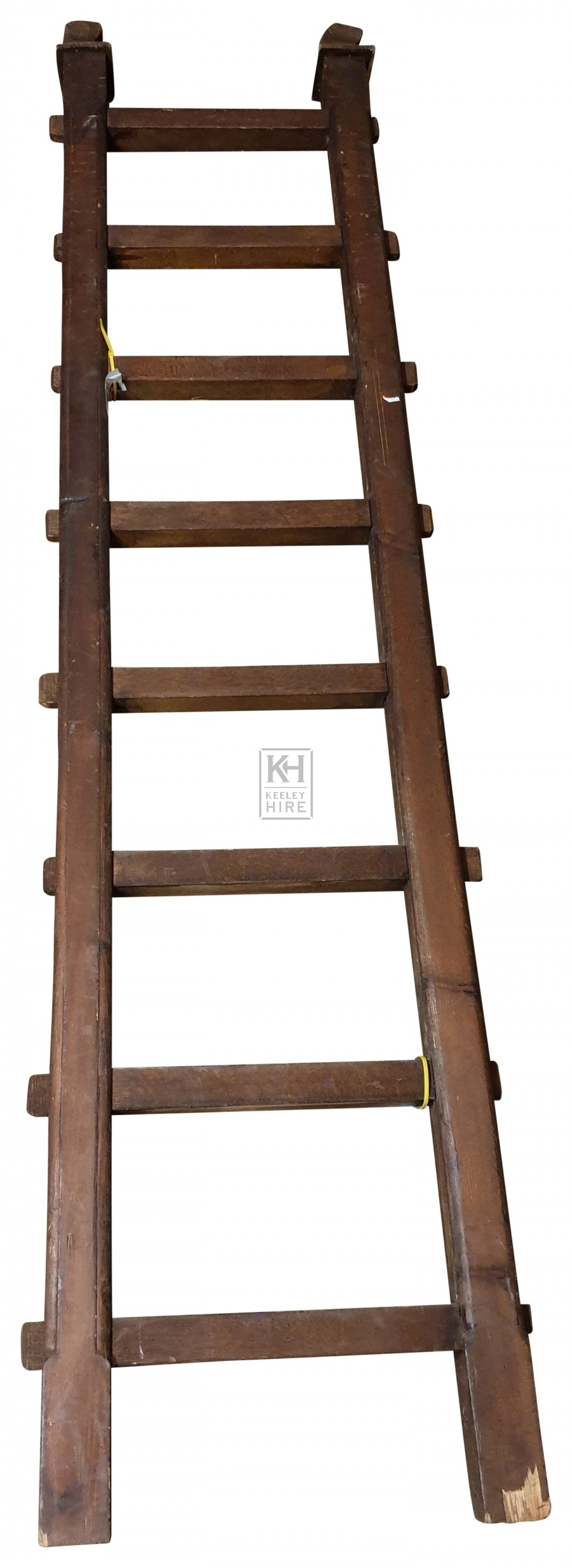 Short thick wood ladder