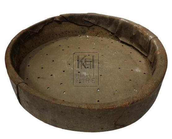 Round leather sieve