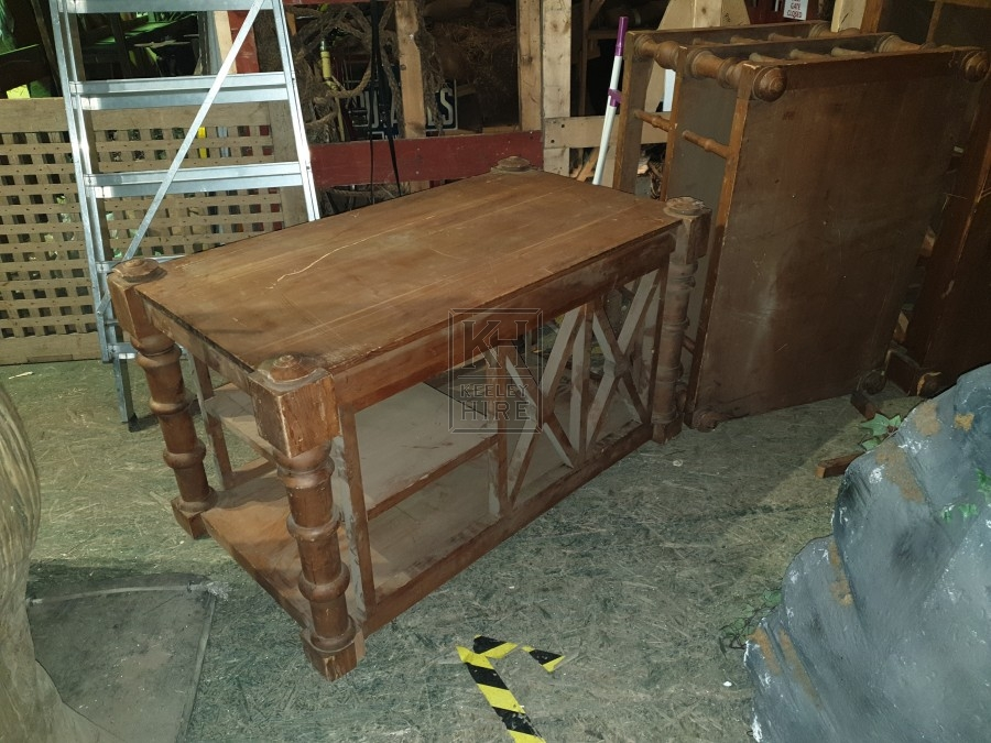 Short X-frame shelf unit