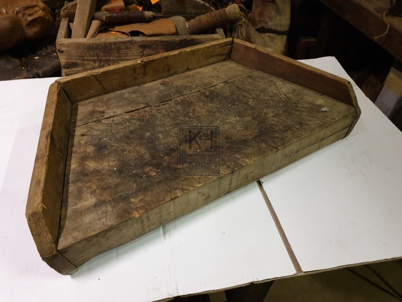 Shaped chopping board