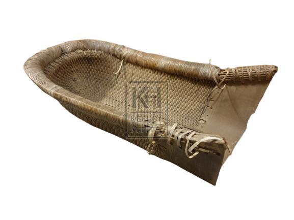 Rattan scoop basket