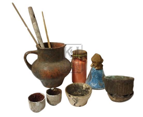 Artists equipment - assorted