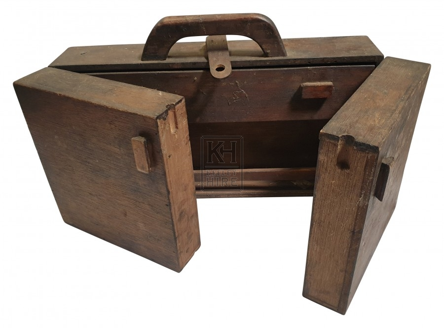 Wood artist box with handle