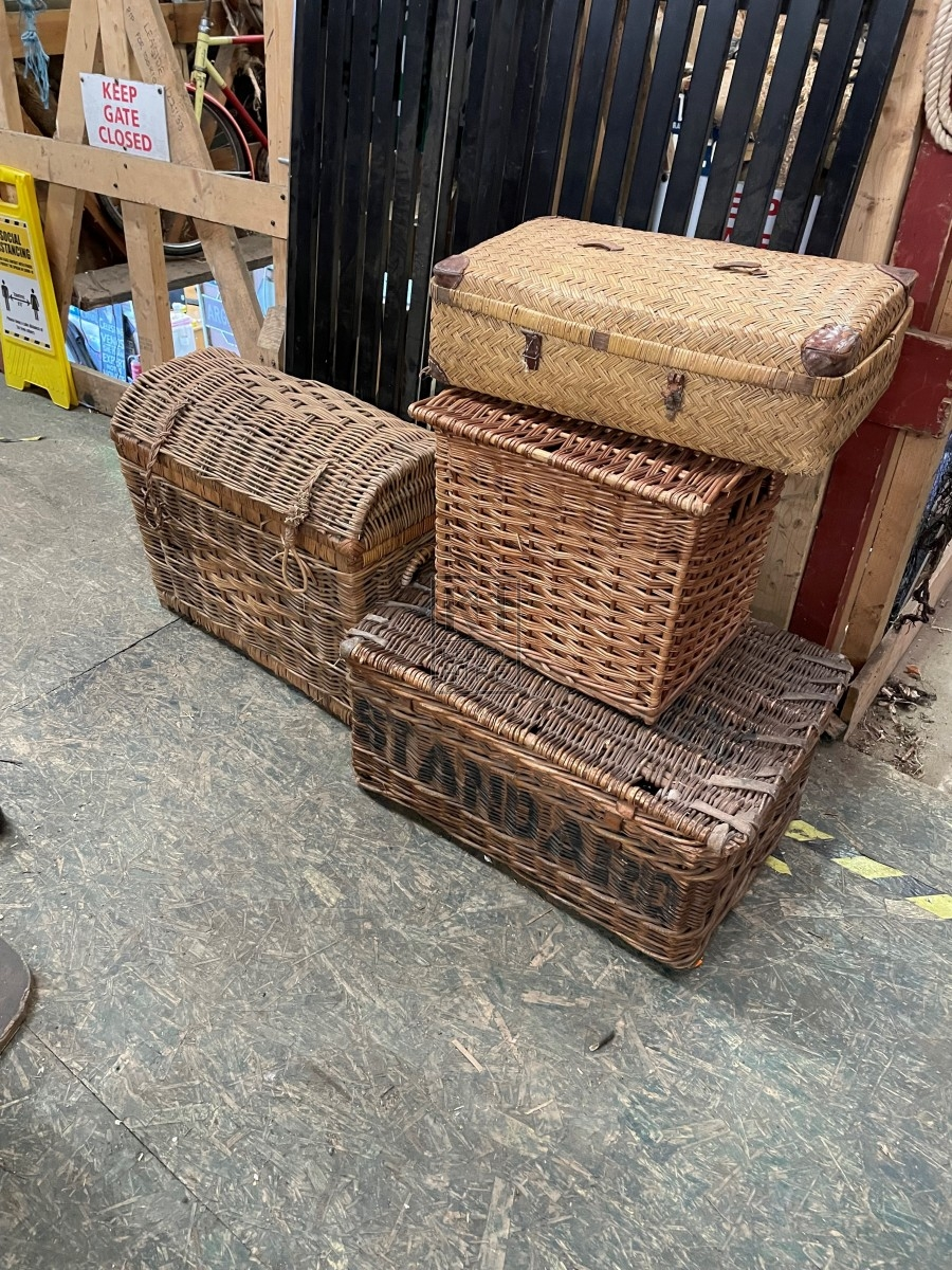Assorted Wicker With Lids