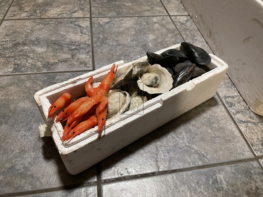 Polystyrene Box of Mixed Seafood