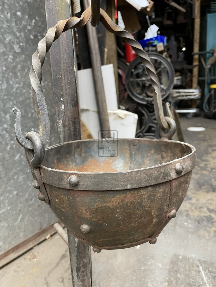 Hanging Iron Pot
