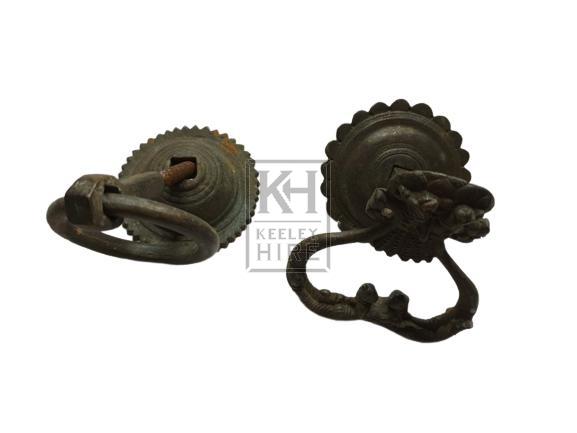 Ornate door knocker ring