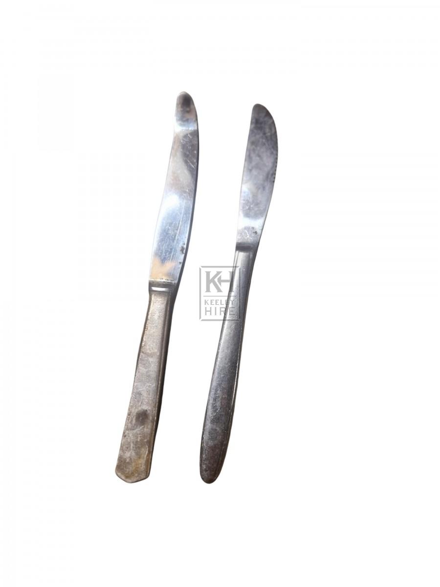 Assorted Modern Dinner Knives