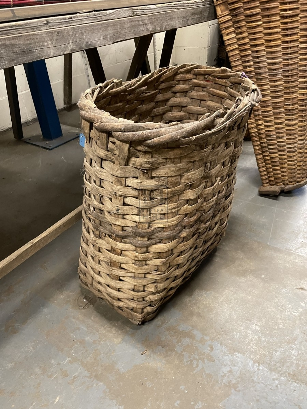 Oval Bark Basket