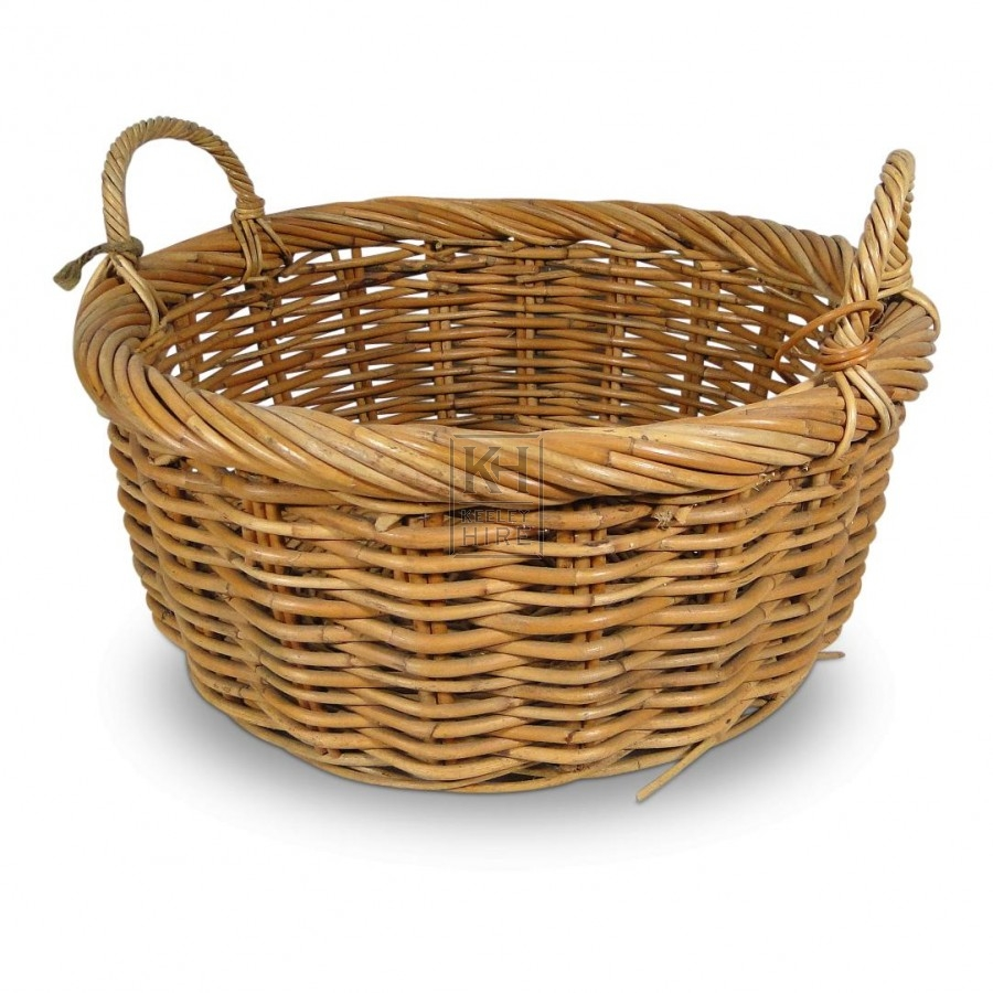 baskets prop hire round wicker basket with 2 handles keeley hire. Black Bedroom Furniture Sets. Home Design Ideas