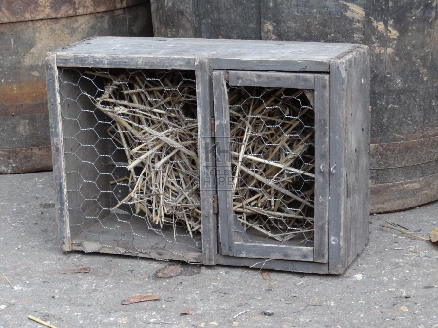 Small wood Cage with mesh