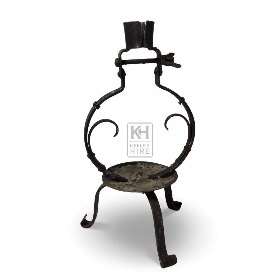 Iron Circle Candleholder