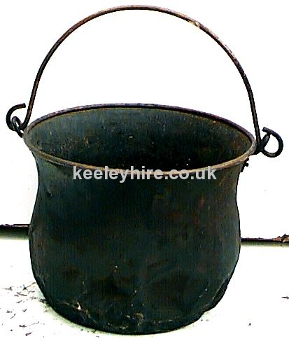 Iron cauldron with handle