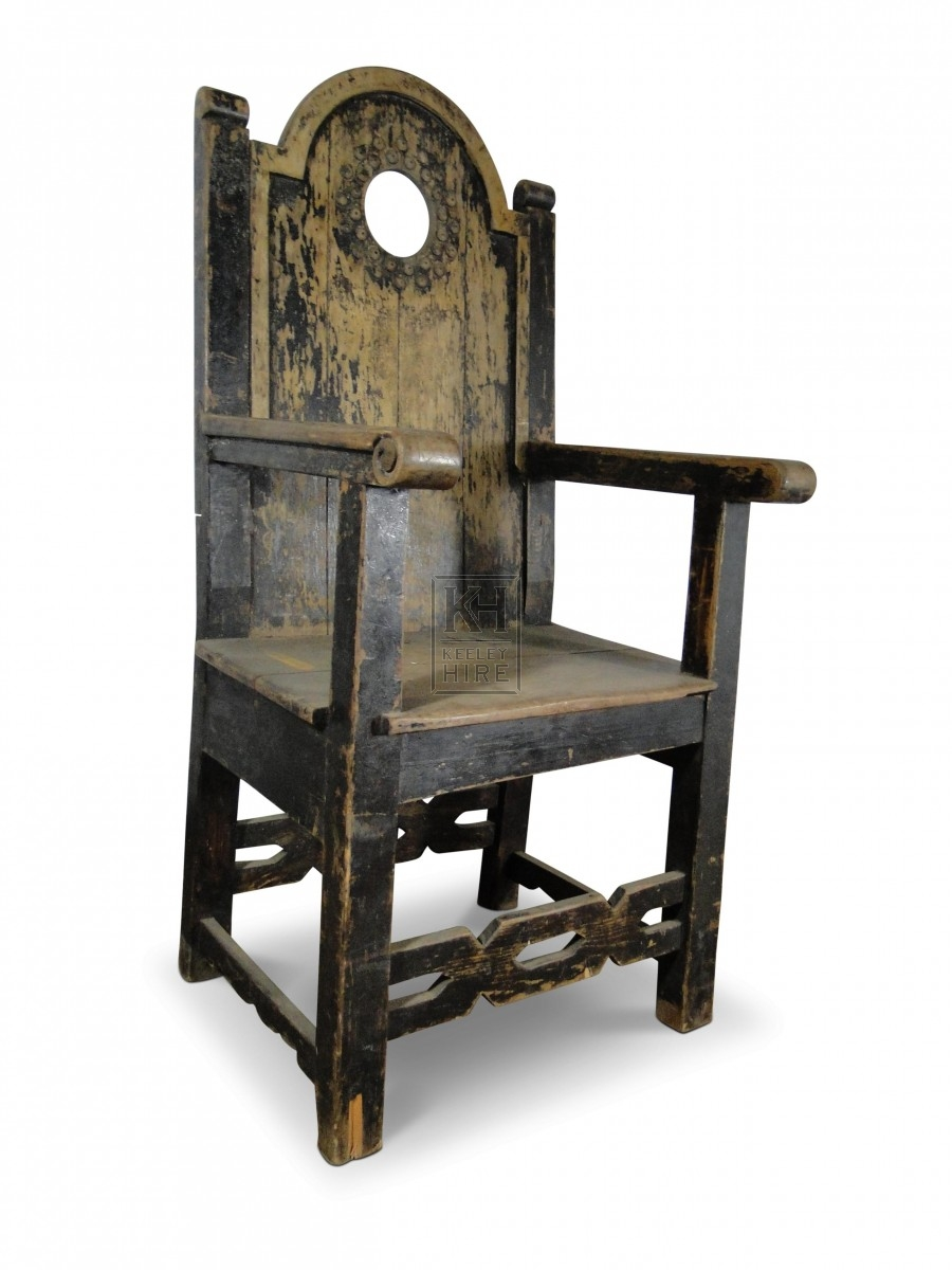 Throne Chair with Hole