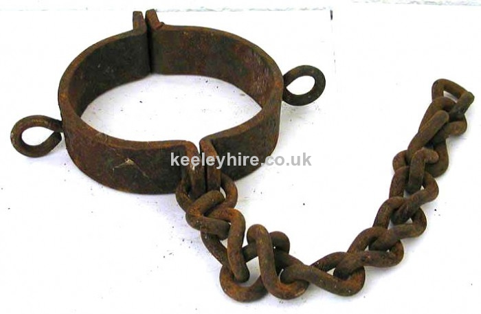 Dungeon Neck Shackle with Chain