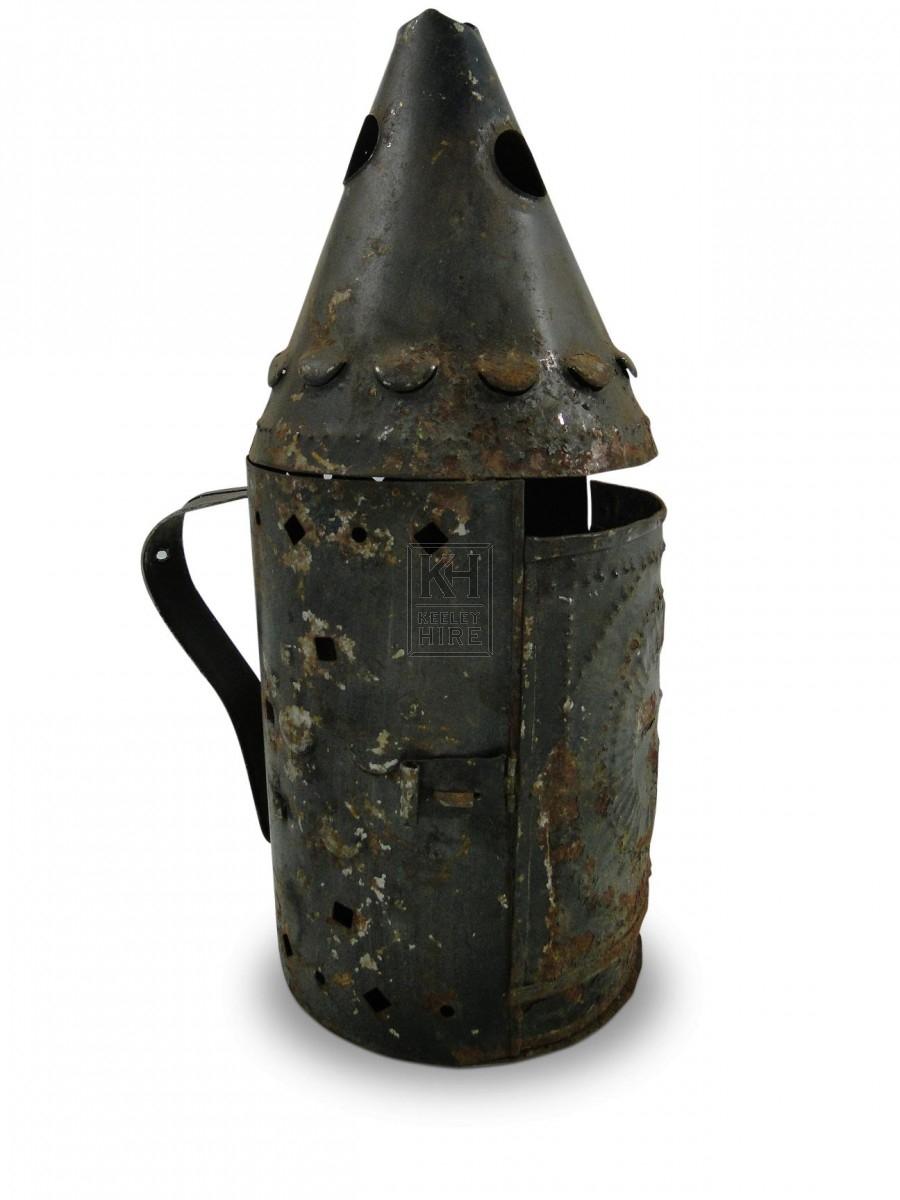 Pierced metal lantern with handle