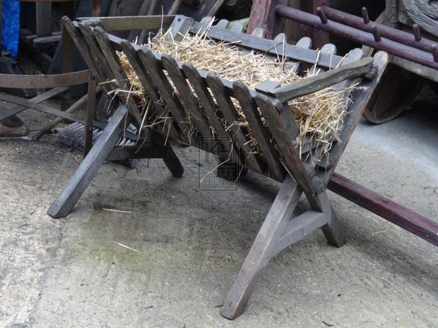 Small wood hay manger #2