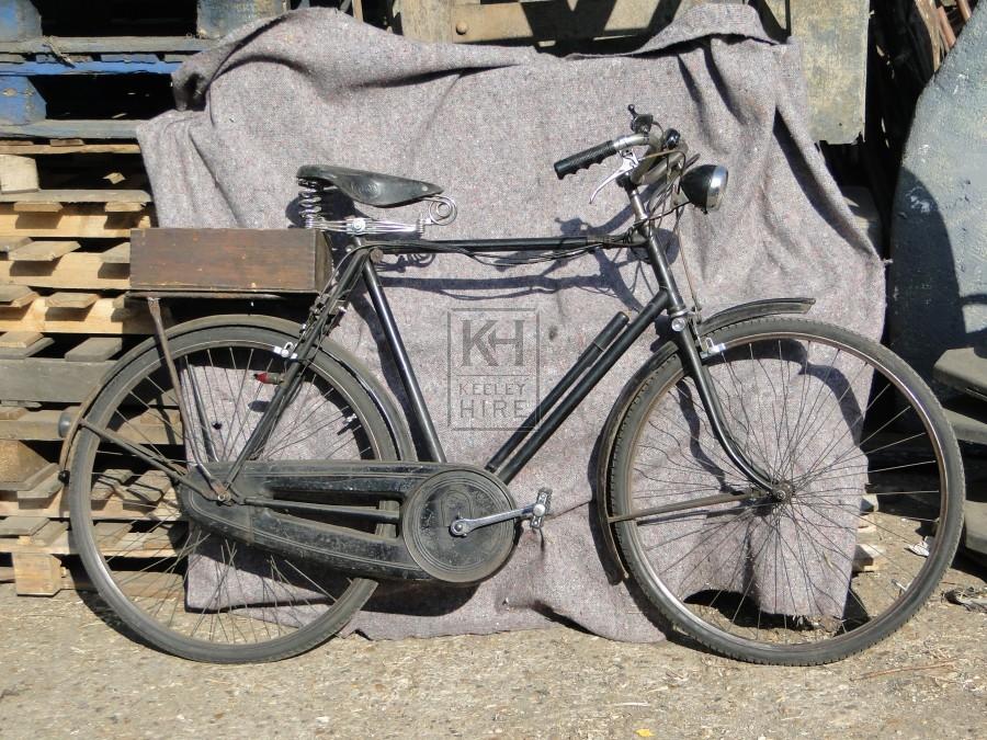 Gents black bicycle