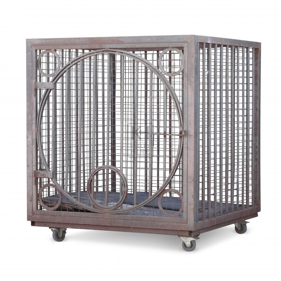 Large Animal Cage with round door