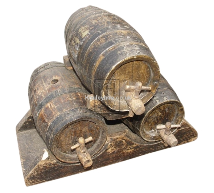 Triple Barrel Stand with 3 Small Barrels