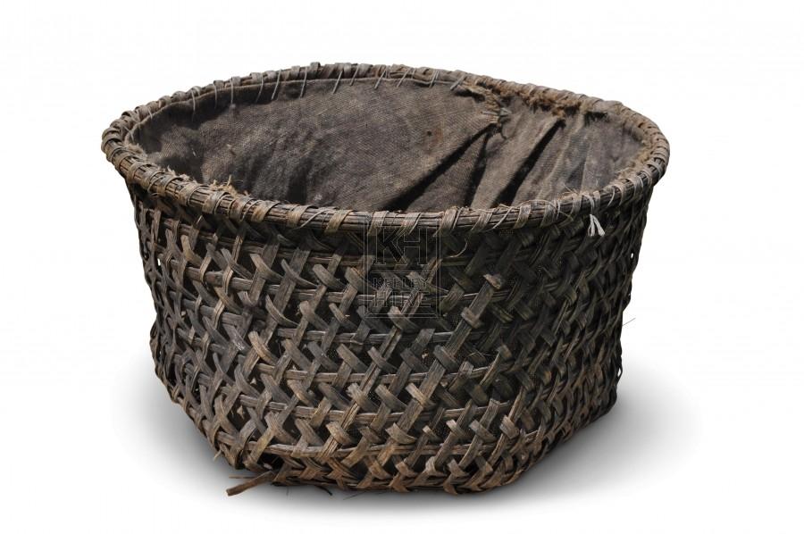 Open weave round basket