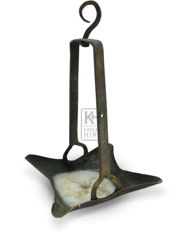 Hanging Square Iron Oil Lamp