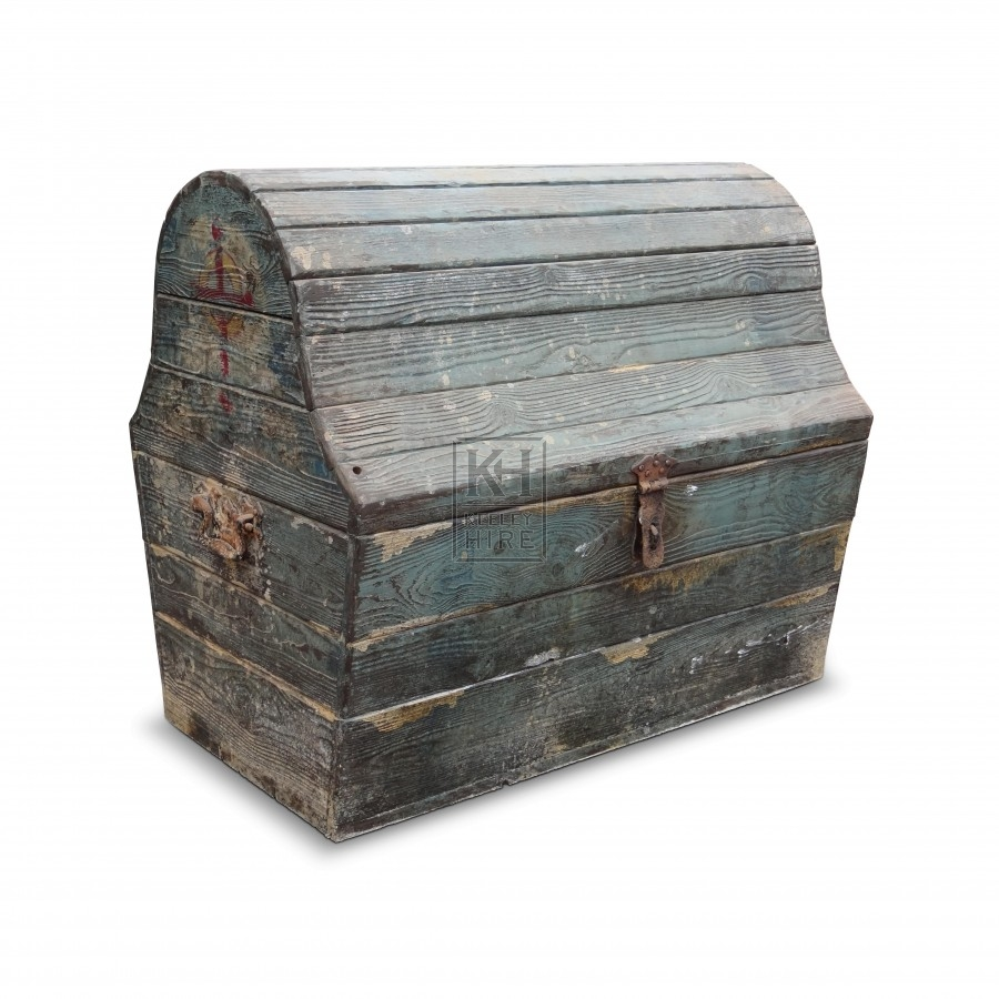 Worn Shaped Lid Chest
